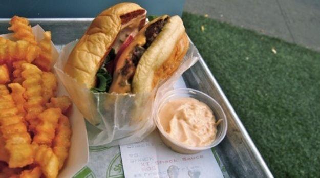 The Fakeshack burger (Shakeshack @home)