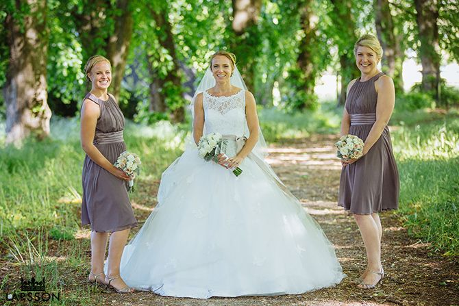 Bridesmaids in Wanaka Station Park