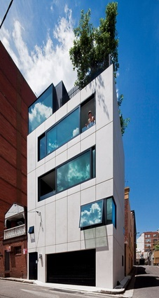 Small house in Surry Hills featured on Grand Designs Australia - Facade