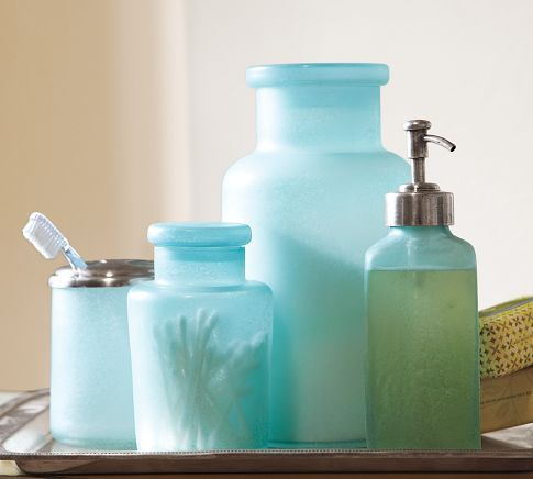 love the seaglass inspired bath accessories, where else do these need to be other than a beach house bathroom!?