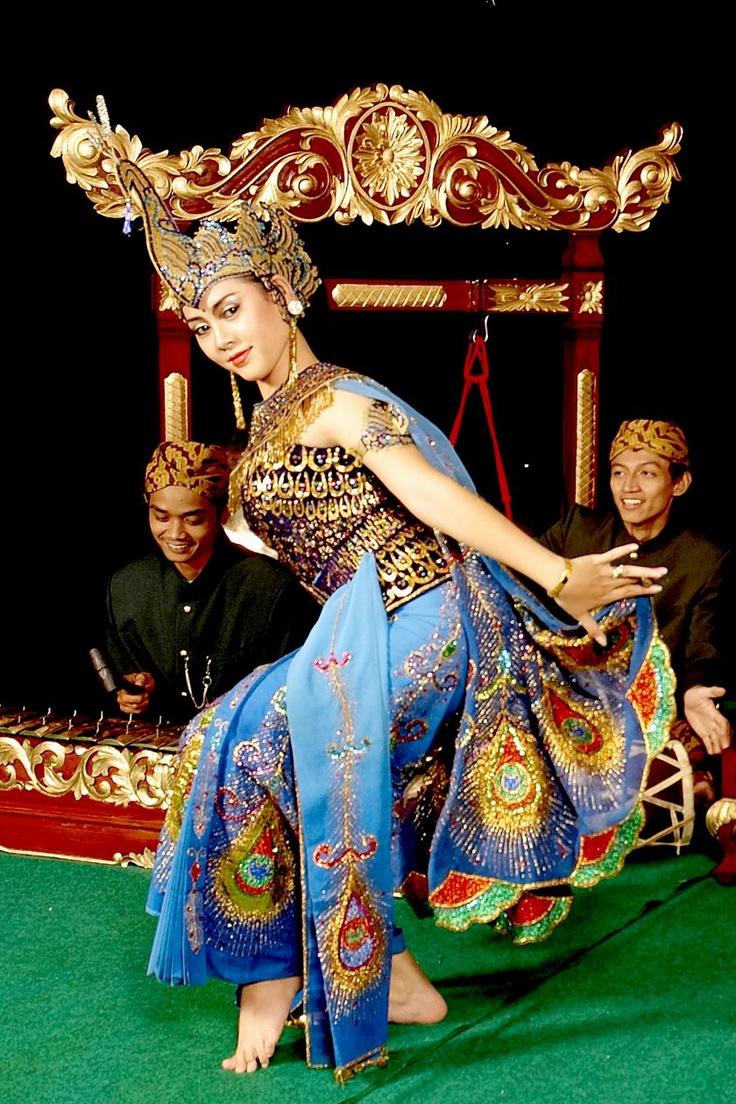Merak Dance
