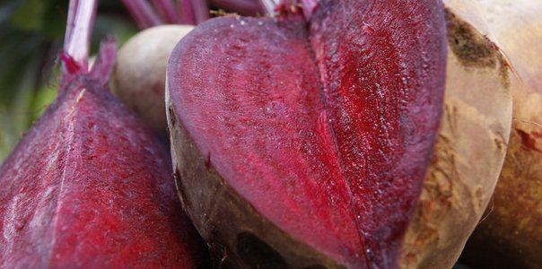 Pachetul cu Sfecla Rosie Bio http://www.tomatina.ro/magazin/legume-bio/pachetul-cu-sfecla-rosie-bio-romania-5kg/