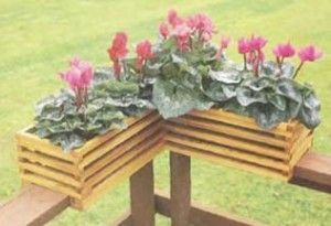 Free Deck Railing Planter Plans - Woodwork City...  maybe modify for poolside