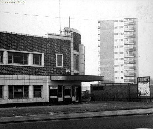 Fourways Cinema, Moston Lane