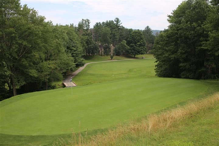 Fernwood is located in East Stroudsburg (more or less) Pennsylvania, in the heart of the Pocono Mountains. It is the golf centerpiece of the Fernwood Resort