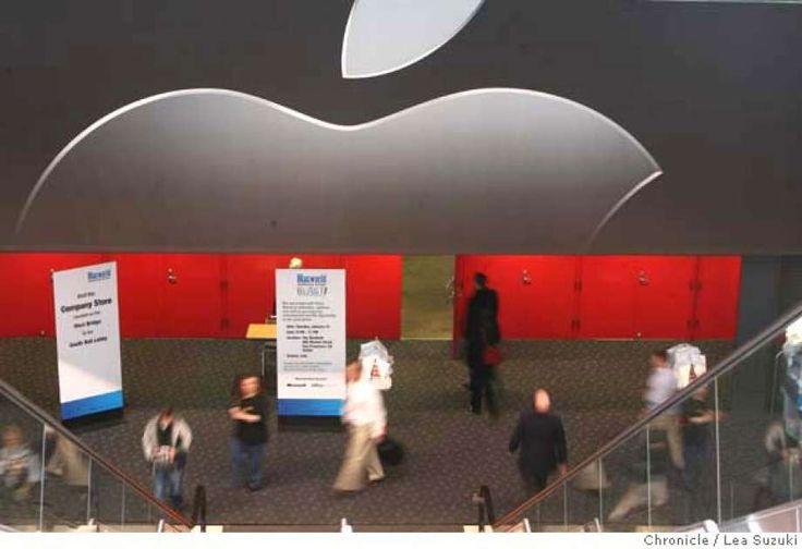 Macworld Conference & Expo opens on Monday January 14, 2008 in San Francisco, CA. On Tuesday the Expo opens. Lea Suzuki/ The Chronicle Photo: Lea Suzuki