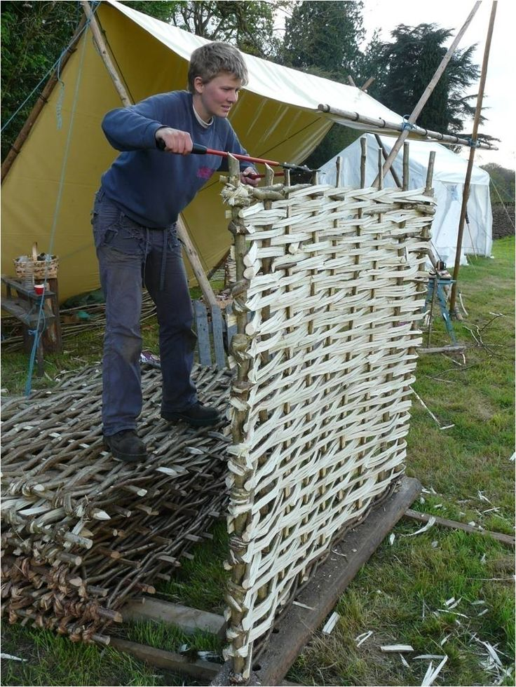 Whether you're restoring a traditional cottage garden or starting a vegetable plot from scratch, wattle hurdles are a popular choice of fencing for those who like the more country, rustic look. They need to be well supported and look great with honeysuckle, clematis and other climbing plants growing up through them.