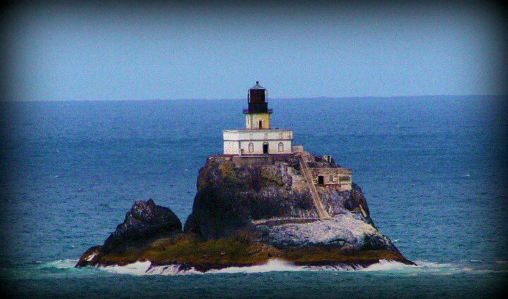 Best Colleges In Oregon >> Tillamook Rock Lighthouse | Pacific Northwest | Pinterest | Lighthouses and Rocks