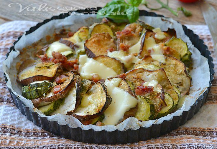 Melanzane e zucchine al forno con pancetta e formaggio, facili gustose ,croccanti e ideali come contorno ed anche piatto unico, sfiziosa e veloce ricetta