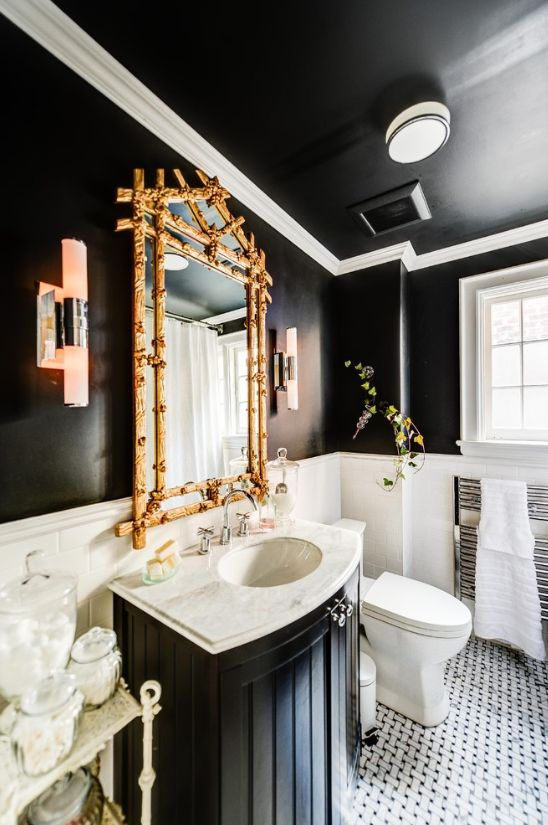 Take a look at these bathrooms décor for winter #delightfull #uniquelamps #BathroomLighting #CeilingLights #ModernLighting #TableLamps #FloorLamps #PendantLights #WallLights #ContemporaryLighting #DesignerLighting #WallSconces