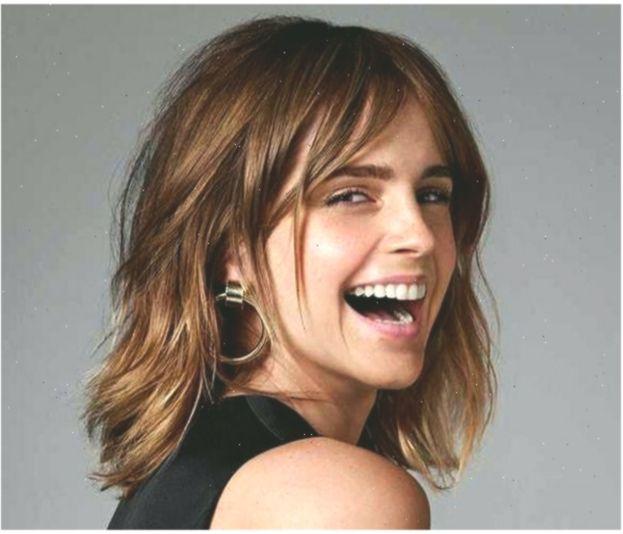 Emma Watson Short Hairstyles Middle Part Shoulder Length Wave Shoulderlengthb Kurzefrisurenbob Emma Hairs Emma Watson Hair Short Hair Styles Hair Styles