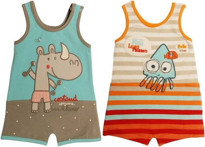 adorable swimsuits for little boys still in the diaper phase. Covers more meaning less sunscreen.Graphics Tees, Kids Fashion, Future Sibiling, Graphic Tees, Baby Boys, Adorable Swimsuits, Baby Vintage, Diapers Phase, Diaper Covers