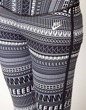 Nike Print Bowery Legging... I want these to run in so badddd