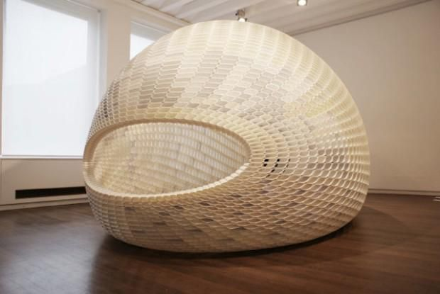 Project Egg - Michiel van der Kley http://www.journal-du-design.fr/design/project-egg-par-michiel-van-der-kley-56790/… #journaldudesign #design #architecture #art #egg #3D #oeuf
