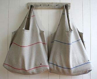 Free sewing pattern for foldable eco bags.