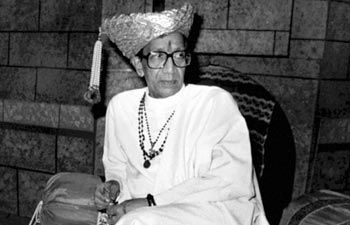Twitteratis react to Shiv Sena founder Bal Thackeray's death : Bal Thackeray, News - India Today