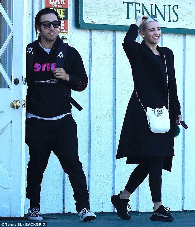 Ashlee Simpson and Pete Wentz attend sons tennis lesson  Their marriage came to a shocking end in 2011 after a three-year union which saw them celebrated as one young Hollywoods coolest couples.  But Ashlee Simpson 33 and Pete Wentz 38 showed that theres no bad blood between them on Sunday when they reunited to attend their nine-year-old son Bronxs tennis lesson in Los Angeles.  Stepping out in black ensembles the former spouses laughed and chatted as they strolled the grounds ahead of…