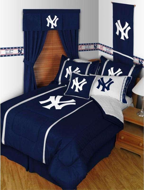 New York Yankees MLB bedding sets. #MLB #yankees #bedding