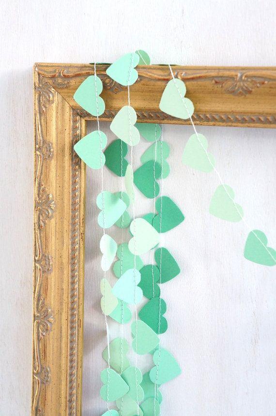 Sweetheart paper garland 10 feet 3 metres par redelephantcreative, $16.00