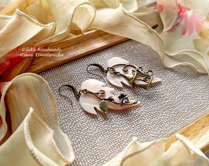 Купить серьги Золотая Клетка Перламутровые листья,Жемчуг,Серебро в интернет магазине на Ярмарке Мастеров