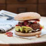 Scopri come preparare questo hamburger originale con la ricetta di Sale&Pepe