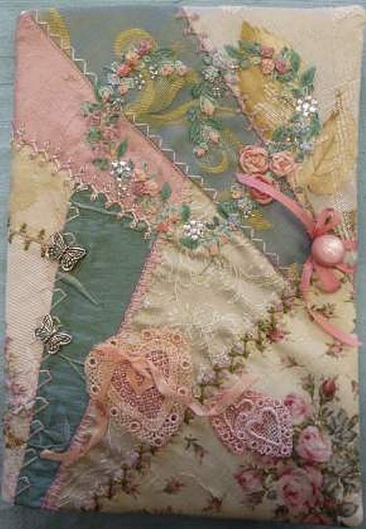 I ❤ crazy quilting . . . Lovely Crazy Patchwork Journal Cover