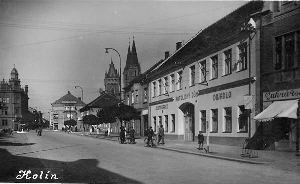 LEGEROVA 30.leta (fotokolin.cz)foto J.Kubrt
