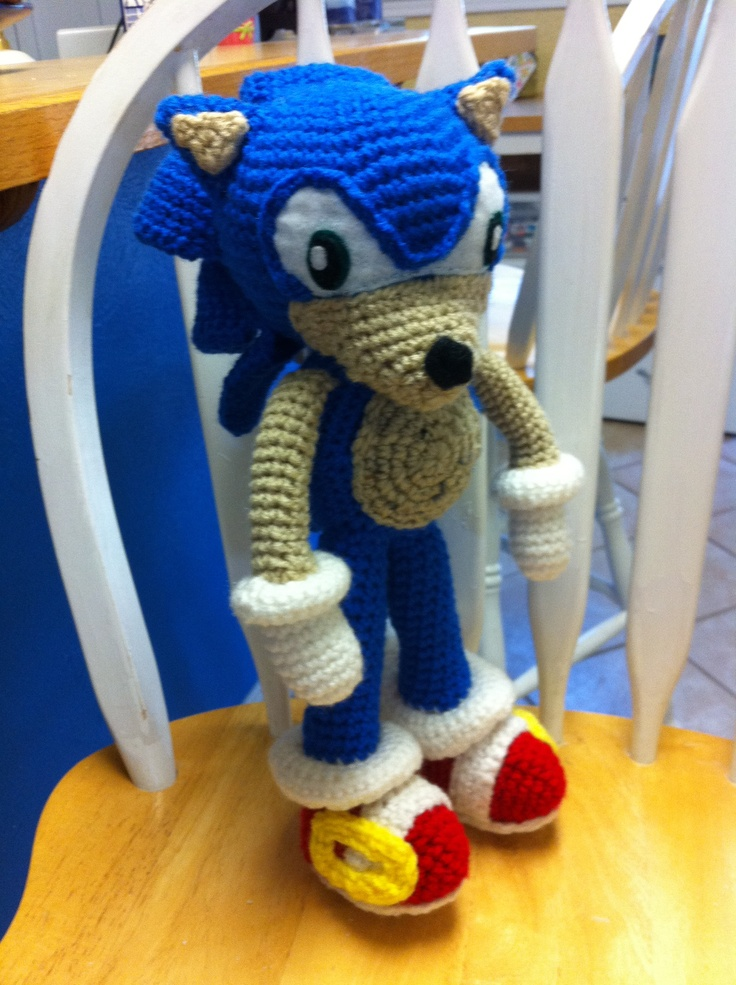 Sonic the Hedgehog I crocheted using the pattern I pinned