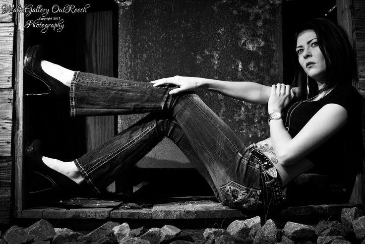 Model, Heather Harmon