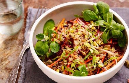 recept beeld: Lauwwarme salade van zilvervliesspeltmix met biet, wortel en knolselderij