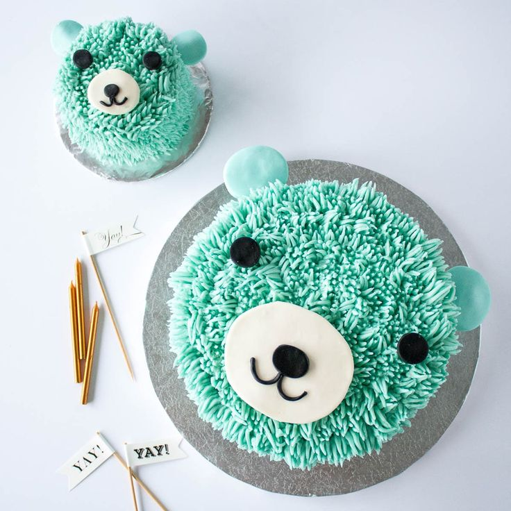 This adorable bear cake is perfect for a little one's birthday! The cake and frosting recipes are simple and the technique is actually really easy to do!