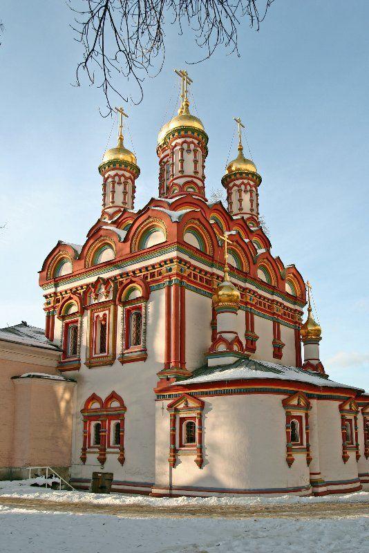 Троицкие храмы Москвы — Глобус России