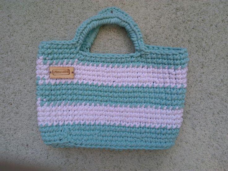 Kolejna torebka na szydełku ze sznurka bawełnianego 👍 👍 👍  #szydełko #szydelkowanie #yarn #lovelycottons #cotton #cord #white #crochet #pasja #bag #handmade #crochetbag #crochet