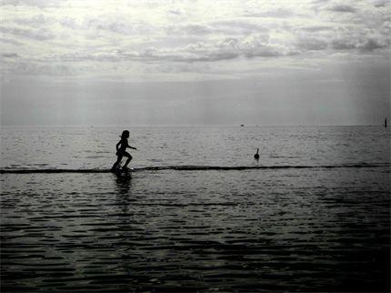 Just walking on water at #TootgarookBeach from Spiro Z. #JWsnapshot