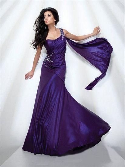 14 best lange enge kleider images on pinterest long - Enge kleider ...