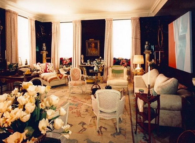 Of Sister Parishs Room Hadley Recalls I Gave Her High Gloss Aubergine Vinyl Walls