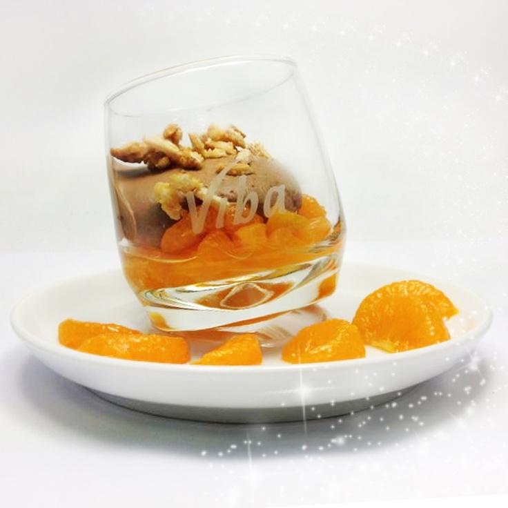 Entdecke auch du unser Viba Nougat-Mandarinen-Mousse! ...einfach köstlich!