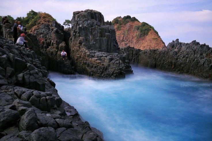 Indahnya Pantai Semeti Lombok
