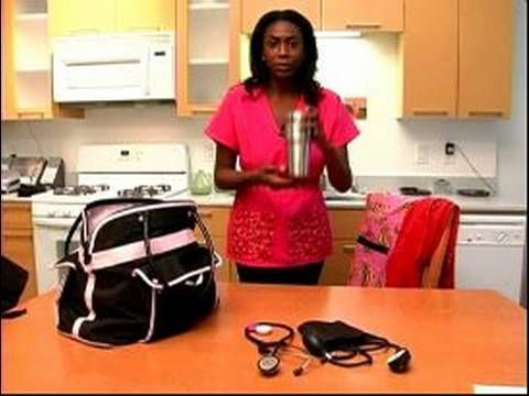 Night Shift Nurse in a Hospital : What to Pack in Work Bag for Night Shi...