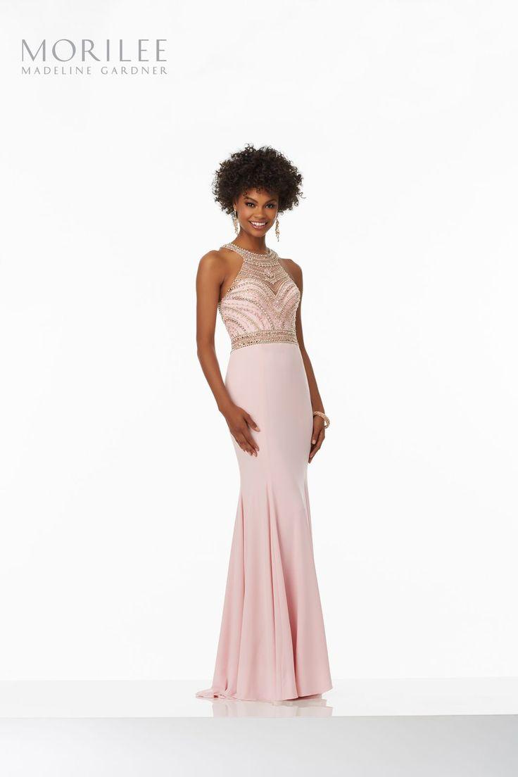 Dopasowania suknia Mori Lee z JERSEY'u i zdobionym gorsetem Długa suknia wieczorowa Mori Lee z kolekcji PROM. Dopasowana do ciała, …