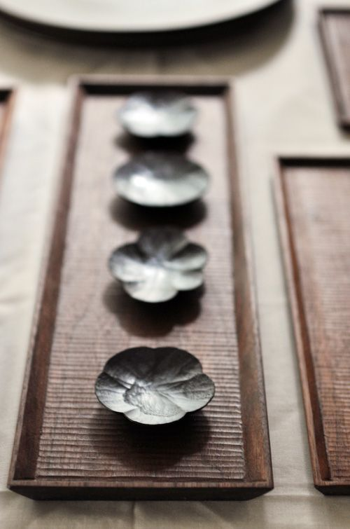 Wood plates by TOMII Takashi, Japan 富井貴志