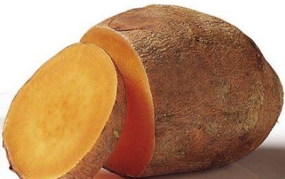 Patate alla canadese - Le patate alla canadese sono un buonissimo contorno semplice da realizzare e perfetto se volete fare un contorno sfizioso e particolare per gustare le patate con sapori nuovi e insoliti. La cucina canadese usa spesso le patate e le cipolle.
