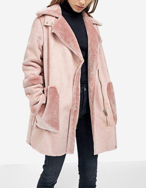 STRADIVARIUS 55,95€ Découvrez ma séléction de 40 manteaux femme à porter pour la nouvelle saison Automne Hiver 2017-2018 !