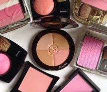 We are blusher-addicts!!! Come to mama all of them!