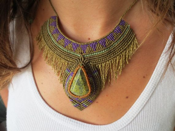 Serpentine Macrame Necklace handmade with by PapachoCreations
