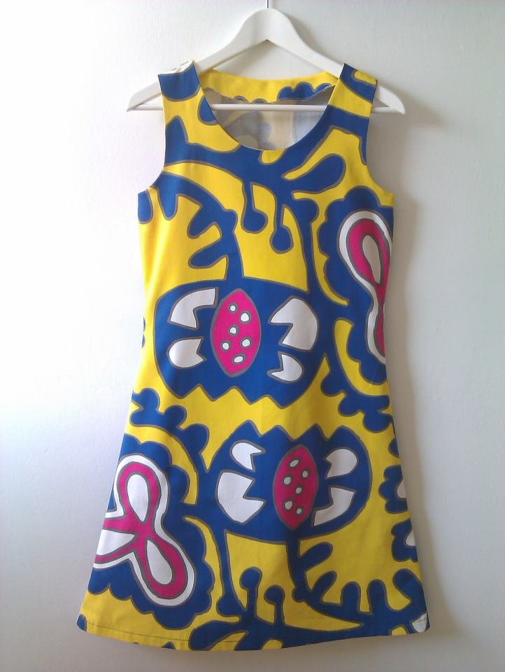 Love my new dress I made with Ikea fabric, my dress pattern. Sewing. Yellow, blue white and pink. http://missppelicano.blogspot.com