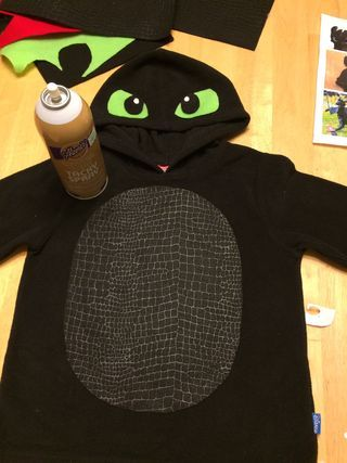 Easy Toothless Costume: 7 Steps (with Pictures)