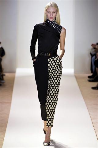 Sfilate Emanuel Ungaro Collezioni Autunno Inverno 2013-14 - Sfilate Parigi - Moda Donna - Style.it