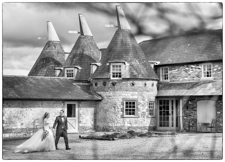 Getting married in a Barn? read more here   #hampshirephotographer #burycourtbarn  simonjohn.co.uk