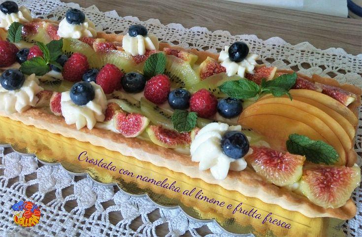 Crostata+con+namelaka+al+limone+e+frutta+fresca